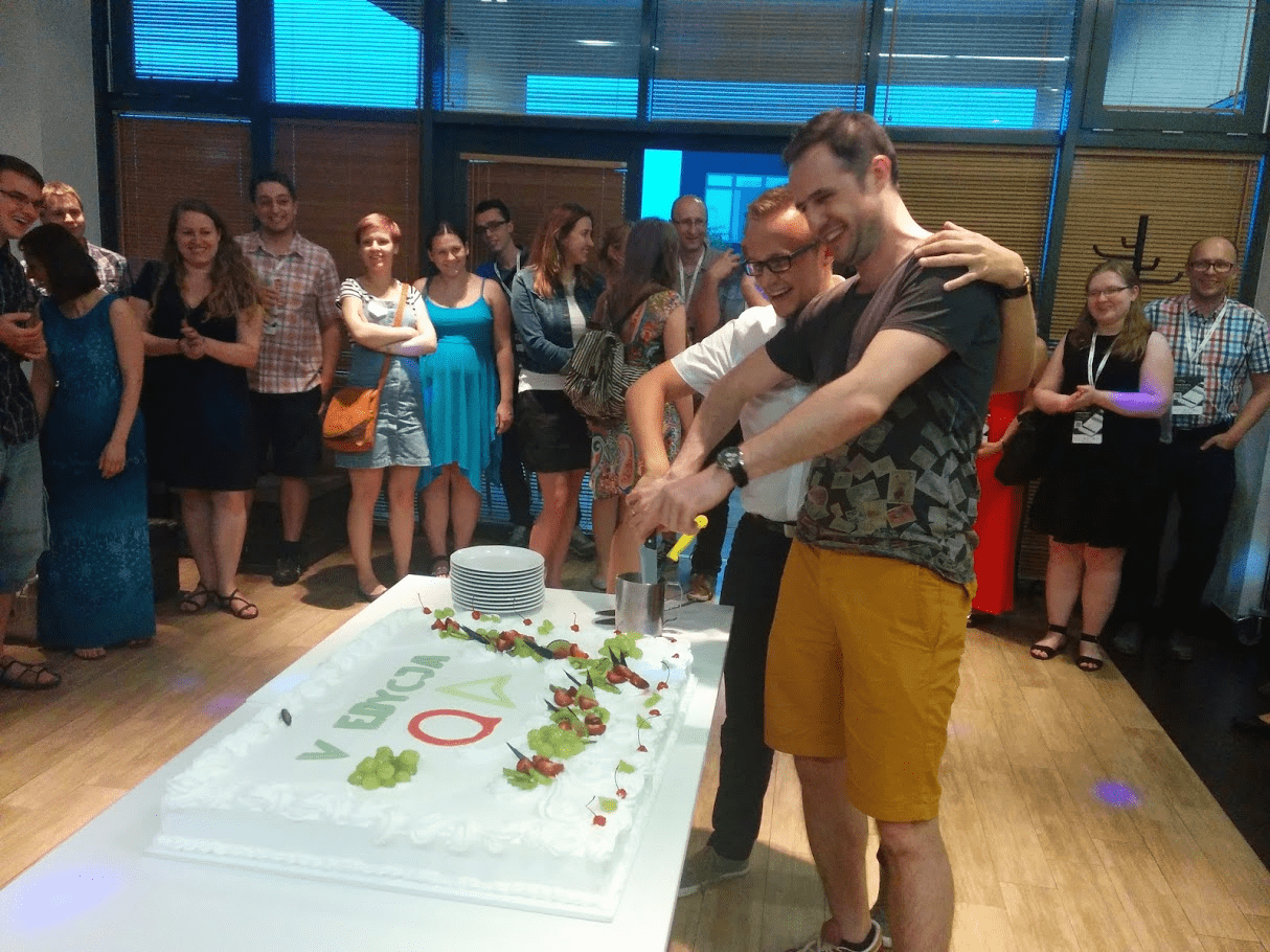 5th edition Quality Excites - celebration cake and organizers